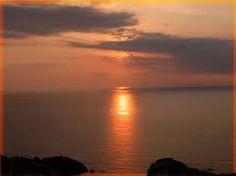 de zon in het water kunnen zien schijnen