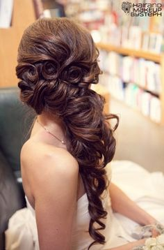 Side swept with pin curls via blog.hairandmakeu...