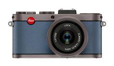 Leica X2 à la carte titanium front in pigeon blue option