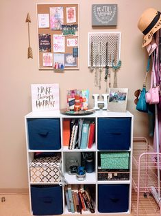 Cute college dorm room decorations and organization. Girly, navy, pink.