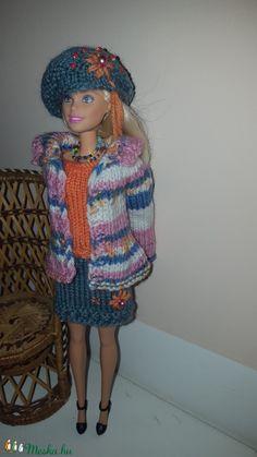 Kézzel kötött barbie ruha (alkas) - Meska.hu
