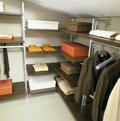dressing mansarde avec systeme de rangement d'etageres ajustables Shelves, Cabinet, Storage, Furniture, Confirmation, Design, Home Decor, Home, Budget
