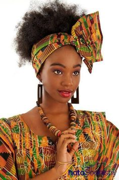Gorgeous 49 head wraps for African American women Hairstyles 2020 New hairstyles and hair colors African Inspired Fashion, Africa Fashion, 80s Fashion, Fashion Styles, Style Fashion, African Attire, African Dress, African Scarf, New Natural Hairstyles