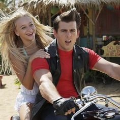 Disney Channel Shares Behind-the-Scenes Pic of Mollee Gray and John DeLuca From 'Teen Beach 2'
