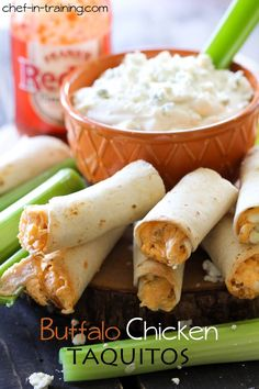 Buffalo Chicken Taquitos- so much blue cheese. I wouldn't suggest using the cream cheese in the Taquitos. It is so rich with the cream cheese. Think Food, I Love Food, Good Food, Yummy Food, Finger Food Appetizers, Appetizer Recipes, Tailgate Appetizers, Lunch Recipes, Finger Foods