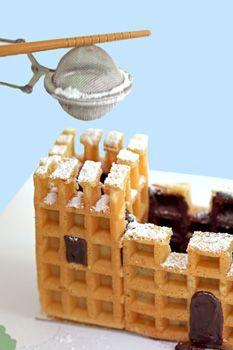 Un château fort de gaufres en guise de gâteau d'anniversaire ! De quoi faire rêver et régaler tous les apprentis chevaliers. Un assemblage qui demande un peu de...