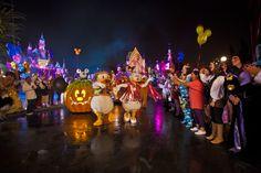 mickey's not so scary halloween party | Halloween Time and Mickey's Halloween Party Dates at Disneyland ...