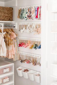 Girls Closet Organization, Nursery Organization, Organization Ideas, Nursery Storage, Baby Wardrobe Organisation, Kids Wardrobe Storage, Girl Nursery, Girl Room, Nursery Room