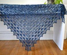 Crochet shawl pattern link on Ravelry