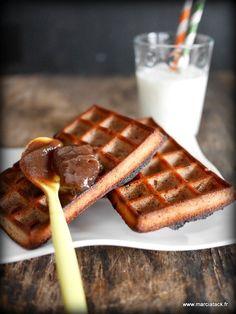 Gaufres à la crème de marron via @marciatack Beignet Mardi Gras, Beignets, Breakfast, Ajouter, Dit, Biscuits, Cooking Recipes, Flat Cakes, Sprouts