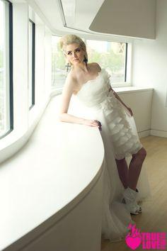 photographer: www.truelovephoto... published in: www.ourweddingmag... hair: tinaromo.com make-up: brushworx.com stylist: Sarah Kreutz Models: castimages.com