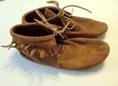 Minnetonka Womens 8.5 Moccasin Boots Suede Tan Vintage  on Etsy, $25.11