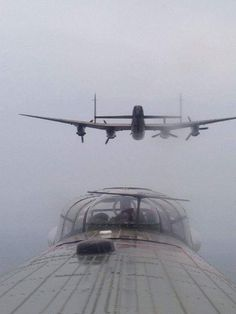 Amazing shot of the VERY rare WWII Lancaster heavy bombers. Ww2 Aircraft, Fighter Aircraft, Military Aircraft, Fighter Jets, Lancaster Bomber, Ww2 Planes, Aviation Art, Aviation Humor, Nose Art