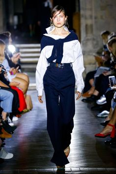 Toga Spring 2018 Ready-to-Wear Undefined Photos - Vogue