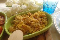 Huevos revueltos con flor de itabo, receta de Costa Rica. www.cocinasalud.com