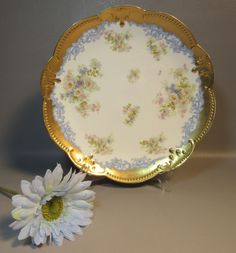 """Klingenberg A.K. Limoges 13"""" Charger Plate w/ Daisies & Lush Gold Border c1880 