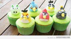 Angry Bird Cup Cake