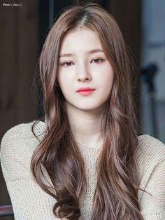 Beautiful One, Beautiful Asian Girls, Gorgeous Women, Pure Beauty, Beauty Women, Nancy Momoland, S Girls, Kpop Girl Groups, Asian Woman