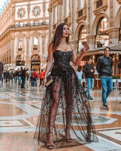 50 Totally Inspiring Festival Outfits Ideas for a Concert – housedecor Elegant Dresses, Cute Dresses, Beautiful Dresses, Prom Dresses, Formal Dresses, Beautiful Gorgeous, Gorgeous Dress, Look Fashion, Girl Fashion
