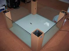 Fish tank coffee table plans KKEEYY 188 We decide building aquarium with frame from wood In this video i will teach you how to build Coffee Table Plans, Diy Coffee Table, Coffee Table Design, Diy Table, Best Tiny House, Tiny House Plans, Furniture Projects, Furniture Plans, Coffee Table Terrarium