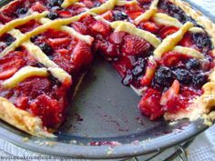 Summer Pies: Strawberry and Blueberry #recipe #strawberry #blueberry #dessert #summerpie #pie #summer