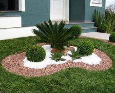 Easy Desert Landscaping Tips That Will Help You Design A Beautiful Yard Desert Landscaping Backyard, Backyard Patio Designs, Landscaping With Rocks, Front Yard Landscaping, Landscaping Ideas, Front Garden Landscape, House Landscape, Desert Landscape, Garden Yard Ideas