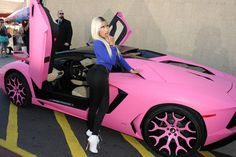 Nicki's Pink Lamborghini Aventador...proof that money doesn't buy taste, and there should be an application before allowing this to happen!!!