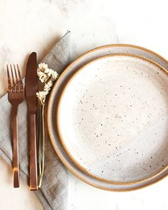 Ceramic Tableware, Ceramic Bowls, Ceramic Pottery, Ceramic Art, Kitchenware, Stoneware, Pottery Painting Designs, Ceramic Design, Dinnerware Sets