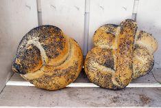 Régi idők gyorskajái, őseink böjti napokon csak ezt ették: a fentő, a görhe és társaik - HelloVidék Bagel, France, Bread, Baking, Food, Bakken, Eten, Backen, Bakeries