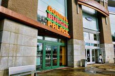 Bergen County's mall mania: Chef Bobby Flay's Bobby's Burger Pala...