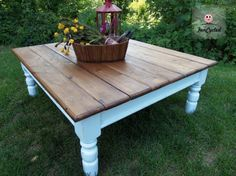 Pottery Barn style table, love the grain ❤ stained the top using Minwax Special Walnut stain. To seal the top, we used Minwax Finishing Wax instead of Poly - Via {Funcycled Treasures} great site with pretty furniture makeovers - she tells you how she did it step by step