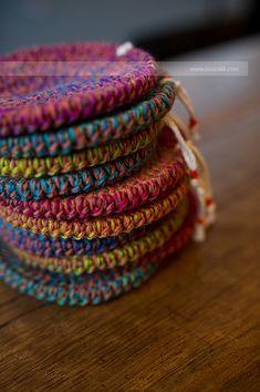 무지개호떡(red) [패키지] - 수작부리기 Coaster Holder, Crochet Cozy, Coffee Cozy, Pot Holders, Hand Knitting, Crafty, Handmade, Ideas, Craft