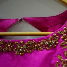 Album - Google+ Black Saree Blouse, Saree Blouse Neck Designs, Simple Blouse Designs, Choli Designs, Bridal Blouse Designs, Simple Designs, Kurti Embroidery Design, Flower Embroidery Designs, Hand Embroidery