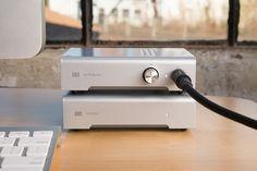"""#Schiit MODI #DAC #USB 24bit/96khz CM6631 AKM4396  Ce DAC USB Design est certainement le meilleur rapport qualité prix des DAC """"made in USA"""". #MODI est idéal pour créer un système informatique centré sur l'audio grâce à une interface USB C-Media CM6631 couplée à convertisseur AKM4396."""