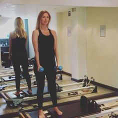 Single leg squat with fly just done these in my 6.30 am class this morning… Pilates Reformer Exercises, Pilates Workout, Pilates Routines, Pilates Fitness, Pilates Machine, Lose Thigh Fat, Joseph Pilates, Pilates Studio, Pilates Classes