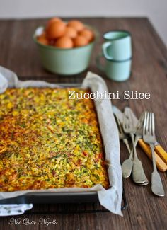 The Incredible Very Edible Zucchini Slice! : Zucchini Slice @ Not Quite Nigella Healthy Recipes, Great Recipes, Vegetarian Recipes, Cooking Recipes, Favorite Recipes, Cooking Tips, Vegetarian Curry, Healthy Lunches, Healthy Dinners