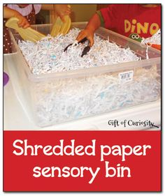 Shredded paper sensory bin - simple, inexpensive, and fun sensory play ~~ Gift of Curiosity Sensory Tubs, Sensory Boxes, Sensory Play, Sensory Diet, Toddler Sensory Bins, Toddler Games, Motor Activities, Sensory Activities, Preschool Activities