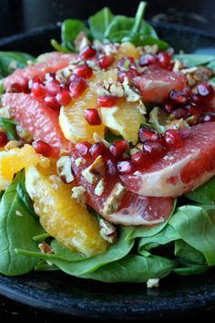 Citrus Spinach Salad with Pomegranates and Walnuts Recipe The Homestead Survival Salada Light, Great Recipes, Favorite Recipes, Walnut Recipes, Good Food, Yummy Food, Tasty, Cooking Recipes, Healthy Recipes