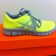 4c04f6598e3a3c Love my new Nike Frees!!!!! Nike Outfits