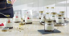 The Quattro Stagioni jars are perfect for serving dessert and are ideal for your take away lunch. Original and trendy, they guarantee a perfect preservation through their tight seal. Preserves, Panna Cotta, Jar, Lunch, Tableware, Ethnic Recipes, Desserts, Food, Kitchen