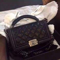 Dating chanel bags