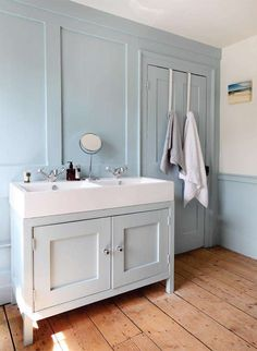 Bathroom storage units are the important parts of a bathroom. For a person who loves anything arranged, the storages for bathroom would help them to p. Georgian Interiors, Georgian Homes, Bathroom Sink Units, Bathroom Storage, Bathroom Cabinets, Bathroom Shelves, Upstairs Bathrooms, Downstairs Bathroom, Family Bathroom
