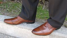 Leonard Brown Men's Vegan Dress Shoes, perfect for business & formal events. Stylish and animal friendly!