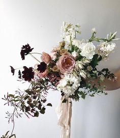 Wedding Flower Arrangements Totally in love with this bouquet with Wedding Flower Arrangements, Floral Arrangements, Floral Wedding, Wedding Colors, Boho Wedding, Destination Wedding, Dream Wedding, Deco Floral, Bridal Flowers