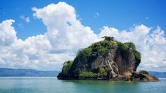 On-Site Dominican Republic: Motorboating the Magical Los Haitises National Park