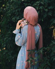 Stylish Hijab, Modest Fashion Hijab, Modern Hijab Fashion, Muslim Women Fashion, Hijab Fashion Inspiration, Hijabi Girl, Girl Hijab, Image Foto, Principe William Y Kate