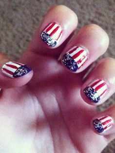 For a little extra pizazz on their Independence Day mani, Maddie and Emma added some chunky silver sparkles to their tips!