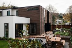 A family home with large open-plan living that would capitalise on views up the valley. Open Plan Living, Home And Family, House Design, Homes, Patio, Outdoor Decor, Design Ideas, Urban, Home Decor