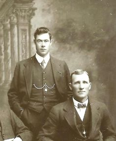 Photo of Harold Lowe (on the left) with his friend and champion sculler Harry Pearce. Lowe wears a gold watch chain, a gift from the people of Barmouth. The gold sovereign was given to him by a survivor.