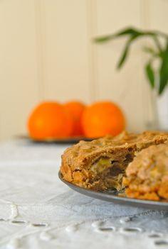 En sunnere banankake for litt bedre samvittighet Banana Bread, Sweet, Desserts, Food, Bakken, Deserts, Dessert, Meals, Yemek